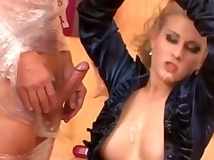 More can't be too much oil for this hoe greatest extent she rides and sucks cock