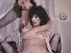 Peepshow Loops 229 70s and 80s - Scene 1
