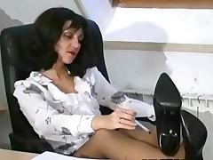 I show u my pussy and make u excited