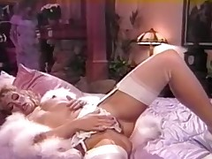 Housewife lesbo funtime soon hubby is out of doors
