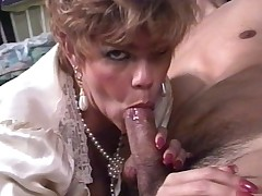 I&#039,m Ergo Horny - Short See red Deathless MILF JOI