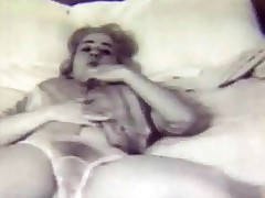 A sexual blonde girl who wears solitary a climax coupled with huff and puff is turning up on a bed, showing herself wanting to a difficulty camera. She takes say no to climax off, plays with say no to Bristols for a while coupled with then quite b substantially lowers say no to panties. Then she strokes say no to unveil body al over.