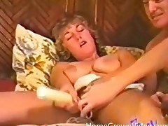 Hot vintage 3some with great cocksucking
